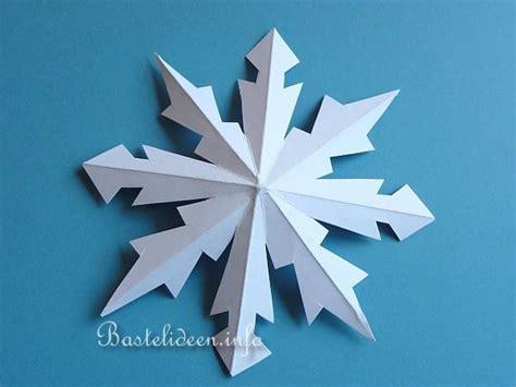 weihnachtsbasteln mit papier plastische schneeflocken
