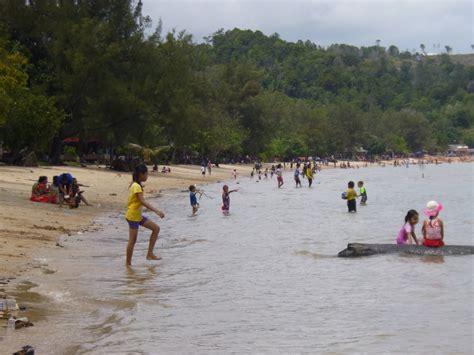 pantai kalat melayu barelang  pulau rempang kota batam