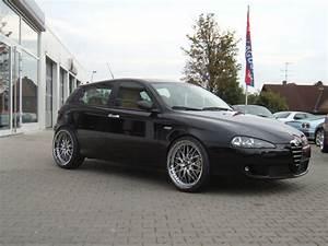 Alfa Romeo 147 Felgen 17 Zoll : alfa romeo 147 mit 20 zoll zeisberg corse r dern ~ Kayakingforconservation.com Haus und Dekorationen