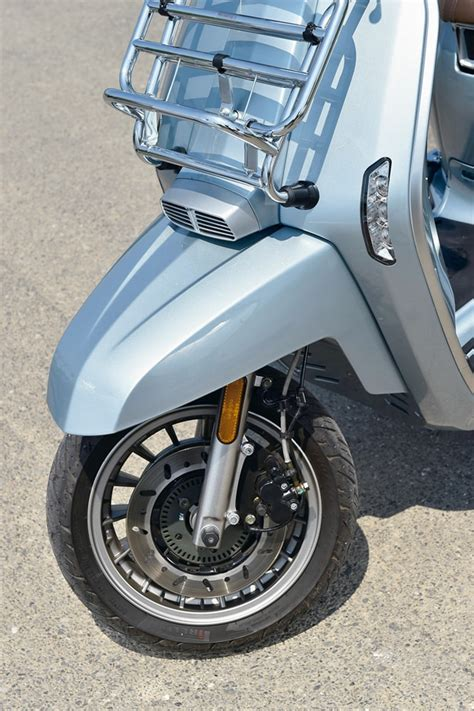 Modification Lambretta V200 Special by Lambretta V200スペシャル Fix ページ 2 2 高速道路も快走168 9 の軽二輪