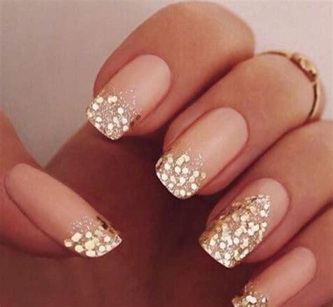habillez vos ongles avec des paillettes