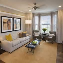 cottage livingroom best 25 narrow living room ideas on