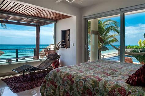 luxury  bedroom beachfront condo  pool  hot tub