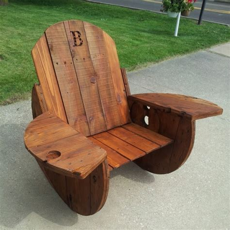 fabriquer chaise en bois ideas for pallet rocking chairs pallet ideas recycled upcycled pallets furniture projects