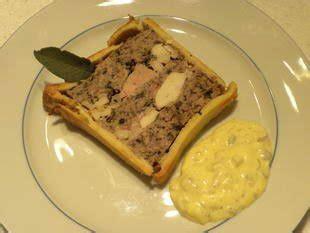 pat 233 en croute terrine in a pie crust