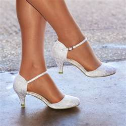 ivory wedding shoes low heel womens ivory white lace low kitten heel toe strappy bridal wedding shoes ebay