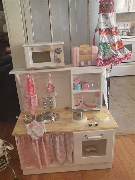 fabriquer une cuisine fabriquer une cuisine pour enfant sous une etoile