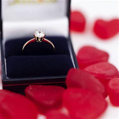 funny valentines day gift ideas boyfriend girlfriend