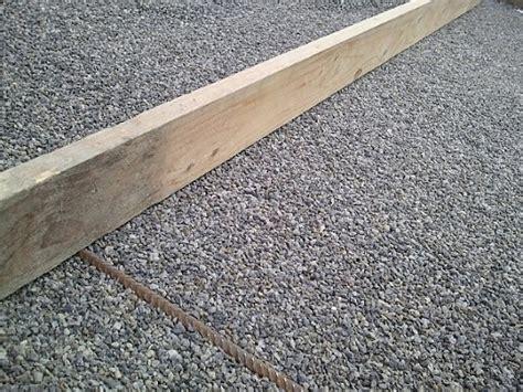 pflastersteine verlegen sand oder splitt monsterhaus waschbetonplatten verlegen preise
