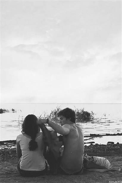 Romantic Couple Couples Beaches Tori Gifs Secret