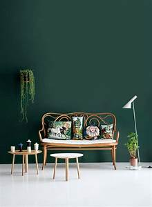green wall color can be reached by a trendy decor With what kind of paint to use on kitchen cabinets for peindre du papier peint
