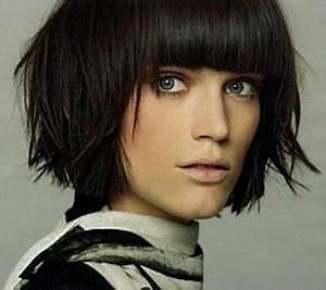 Comment Couper Les Cheveux Courts : comment porter les cheveux courts avec une frange ~ Farleysfitness.com Idées de Décoration