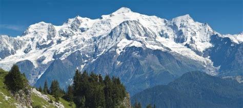 hauteur du mont blanc la hauteur du mont blanc 28 images il gravit seul le mont blanc et se tue 224 la redescente