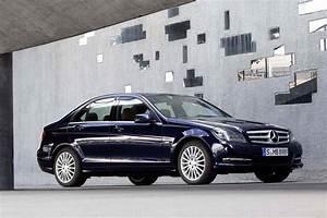 Mercedes Classe C 350 : mercedes classe c 350 cdi bluefficiency 2012 fiche technique auto ~ Gottalentnigeria.com Avis de Voitures