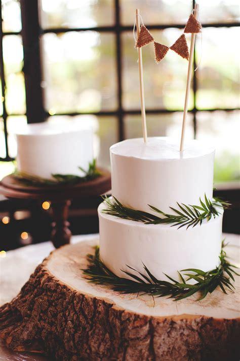 tier rustic wedding cake