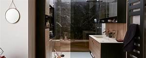 Ambiance Salle De Bain : petite salle de bains design noir et bois ambiance crin ~ Melissatoandfro.com Idées de Décoration