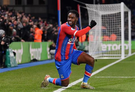 Jeffrey Schlupp Extends Crystal Palace Contract   The ...