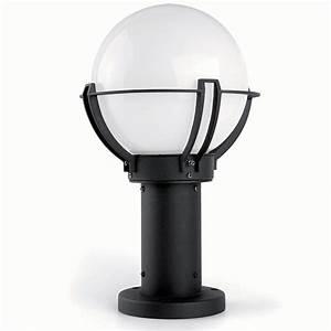 Borne Luminaire Extérieur : borne ext rieure sol 1 lumi re e27 20w faro ~ Teatrodelosmanantiales.com Idées de Décoration