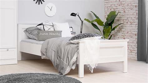 Bett Landwood Bettgestell In Weiß Mit Kopfteil 90x200 Cm