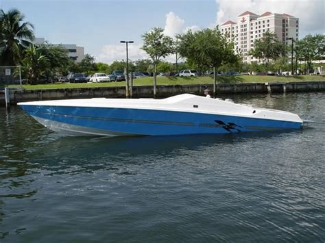 Play Boat by Offshoreonly Powerplay Boats