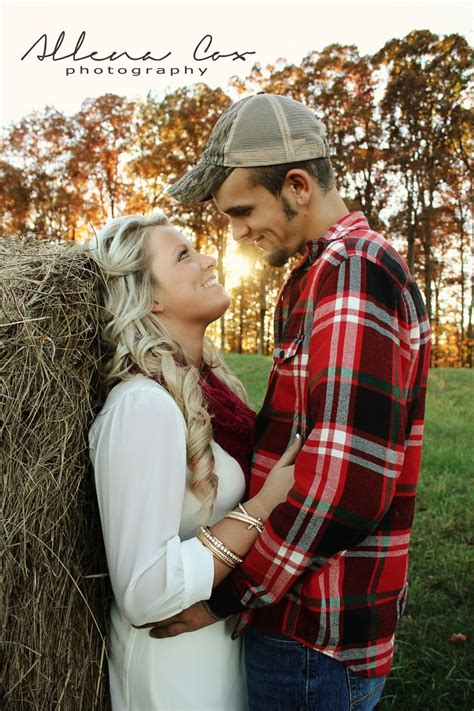 25 Best Ideas About Fall Couples Photography On Pinterest