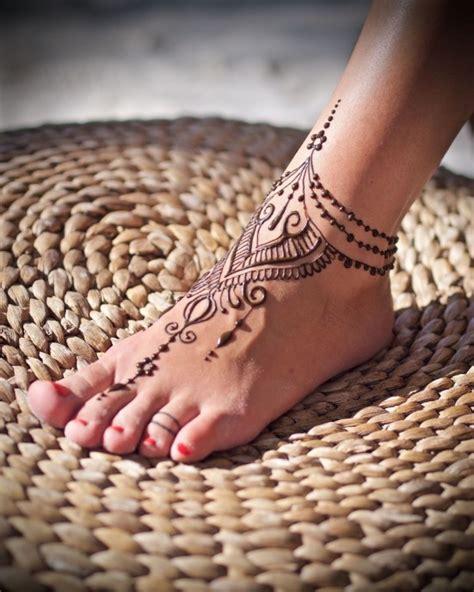 popular indian mehndi designs   girls latest images styleglowcom
