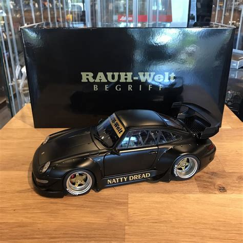 autoart  rwb  matt blackgold wheels