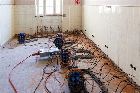 Bautrocknung Feuchte Waende Trocken Legen by Feuchte Wande Sanieren