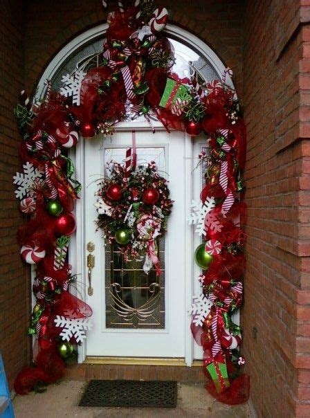 bunch  christmas entry  porch ideas