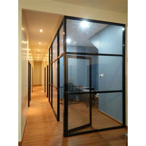 Aluminium Frame w Glass Partition   Leading Office