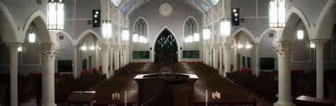 saint andrews  congregation  worships