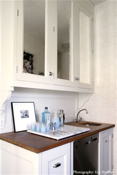 Mirrored Kitchen Cabinets by Mirrored Cabinet Doors Design Ideas