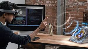 Microsoft's HoloLens 2 To Launch With A New Windows 10 ...
