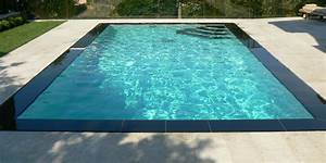 piscine miroir d eau piscine miroir piscines bertrand With piscine miroir a debordement 12 sarthe piscines champagne 72 votre installateur de