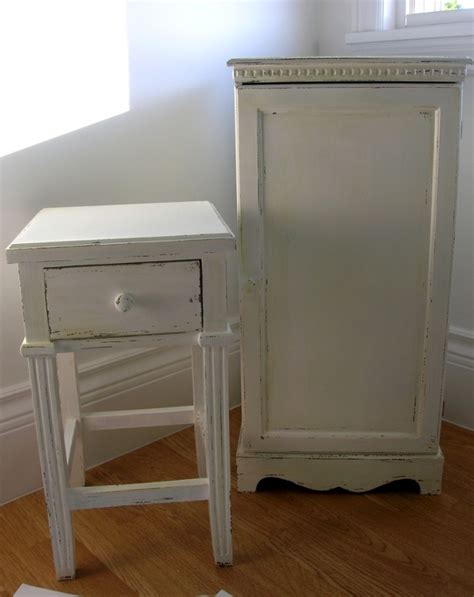 how to distress wood furniture shabby chic shabby chic antique finish for furniture distressed painting techniques pinterest