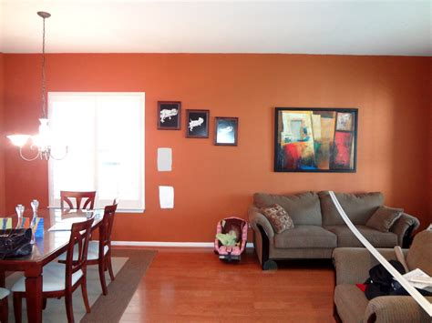 decorating and interior design tips for orange wallpaper