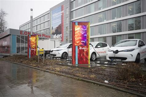 Electric Automobiles For Sale by Germany Takes European Lead From On Electrified Car