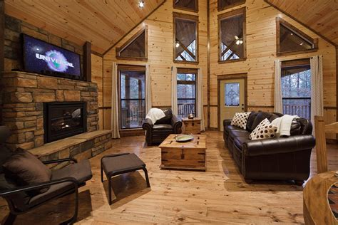 hillside hideaway cabin  broken bow  sleeps