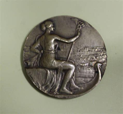 chambre de commerce calais médailles et récompenses liées à l 39 activité du courgain