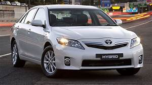 Toyota Camry Hybrid Luxury  2010  Review