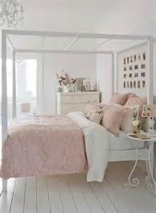 beautiful shabby chic bedroom interior decorating ideas fnw - Shabby Chic Schlafzimmer