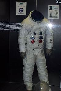 Apollo Space Suit - Pics about space