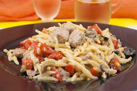 Come Cucinare Il Tonno Fresco Alla Siciliana Trofie Con Tonno Fresco Ricette Di Cucina