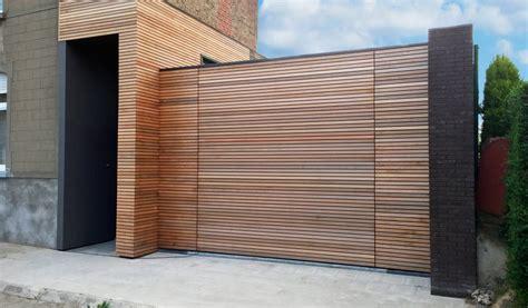 porte de garage bois porte de garage affleurante bois smf services