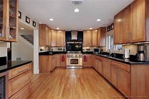 Pictures Of Kitchens - Traditional