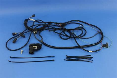 7 Pin 4 Pin Trailer Wiring Harnes by Mopar Trailer Tow Wiring Harness 7 To 4 Pin 82209773ac