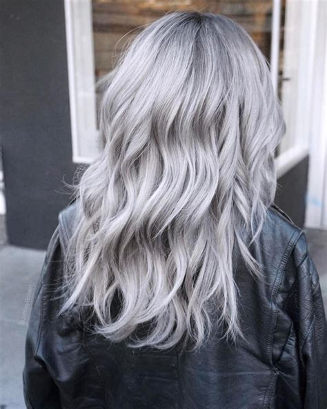 Icy Silver Hair Transformation Is The 2019s Coolest Trend