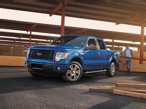 ford unveils  ford   stx stx sport package