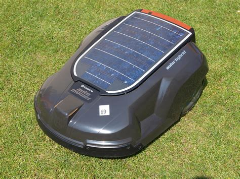 Husqvarna Automower Solar Hybrid 1421 by File Automower Solar Hybrid Jpg Wikimedia Commons