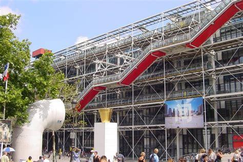 hotel proche centre pompidou depuis l hotel louvre 224 visite historique de